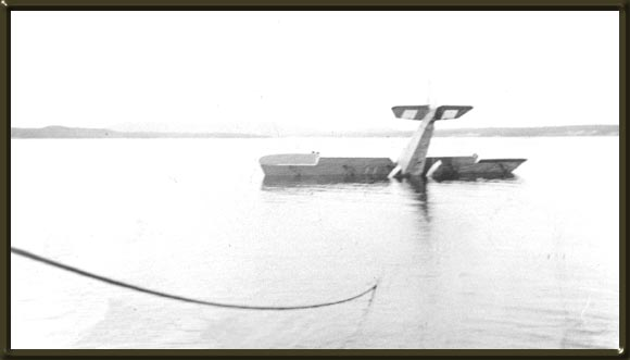[Crash of Cotton's plane in Botwood harbour, 1920-21]